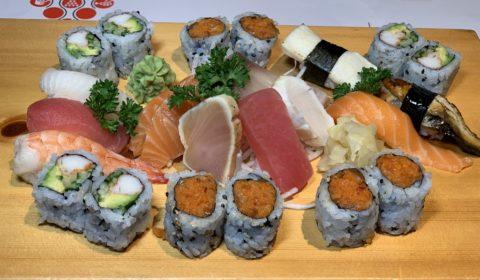 Party Tray PT4 Sashimi, Nigiri & Maki